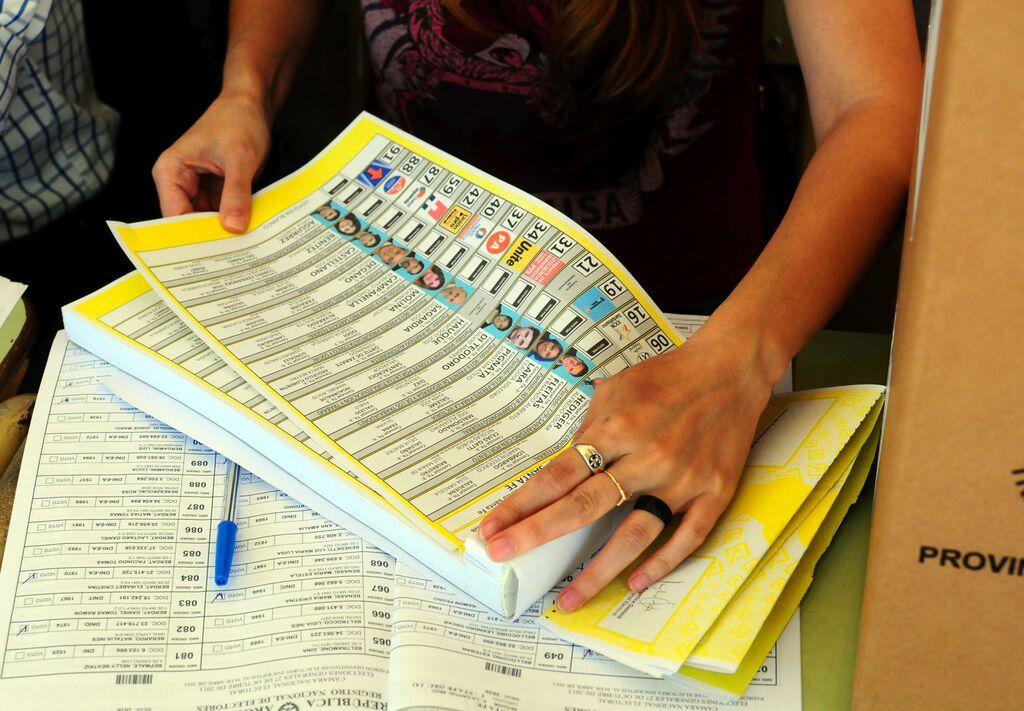 El sistema de boleta única en Santa Fe: Una evaluación de su desempeño en las elecciones de 2015